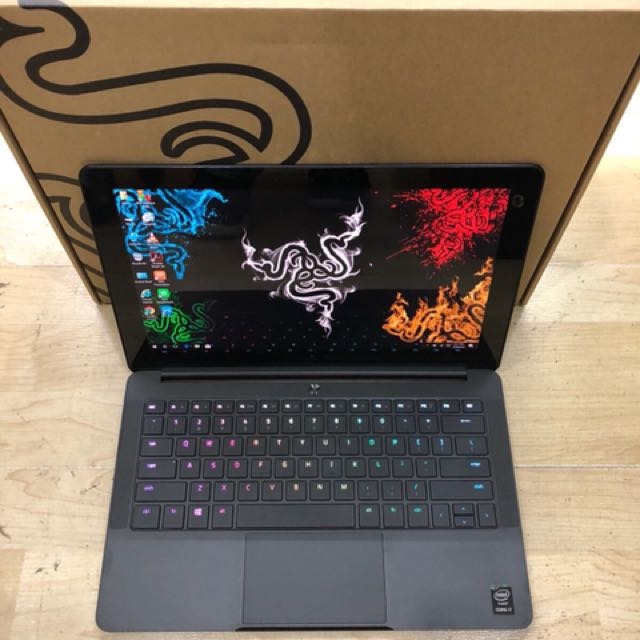 Razer Blade Stealth 2016 Core i7 4K Touch Screen !!!