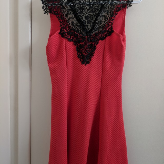 Red and black lacy ribbon dress size s