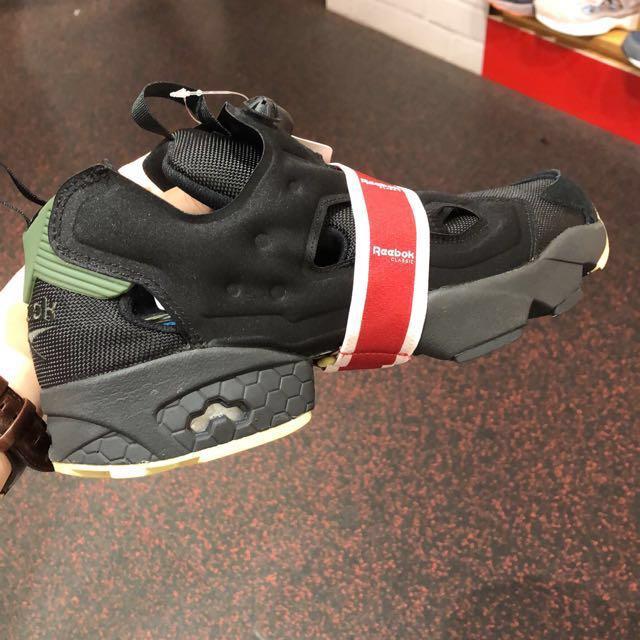Reebox pump fury充氣慢跑鞋墨綠黑/按鈕鞋