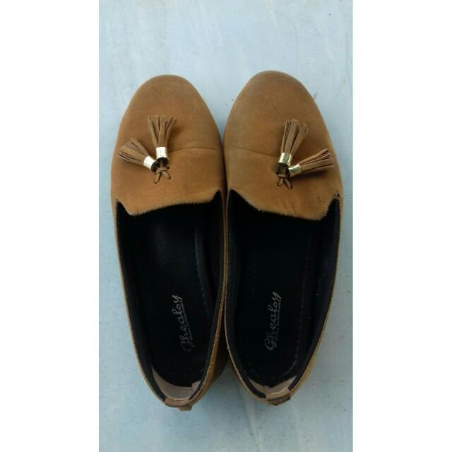 Sepatu pantofel ghealsy