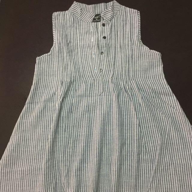 Sleevesless Dress