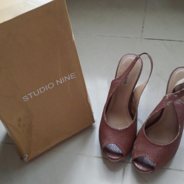 STUDIO NINE brown Heels