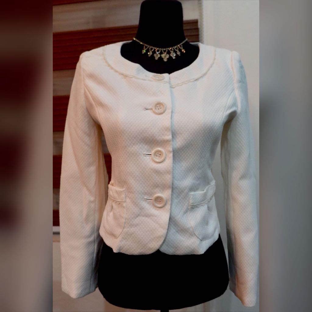 ⚪️THEORIA Cream Textured Button Down Girly Coat/Cardigan⚪️