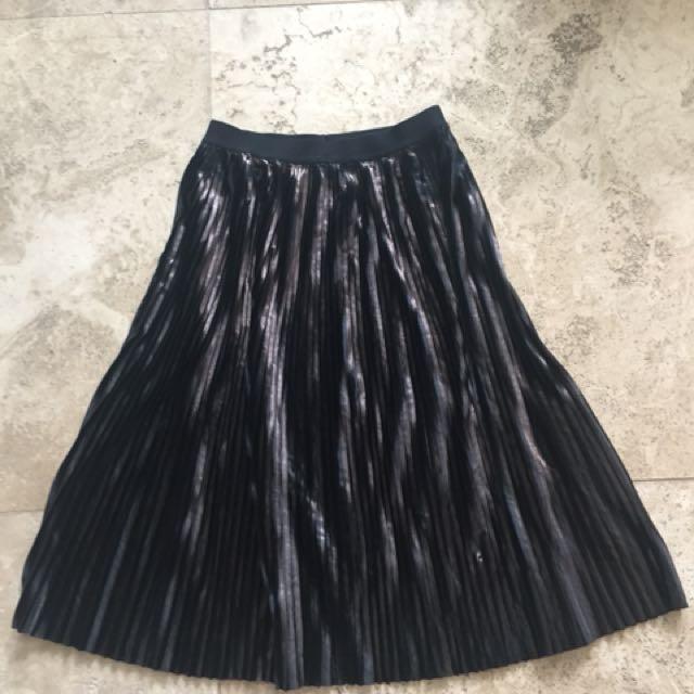 Tigermist pleated skirt