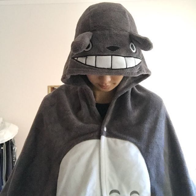 Totoro cape/cloak - cosplay/anime/fancydress