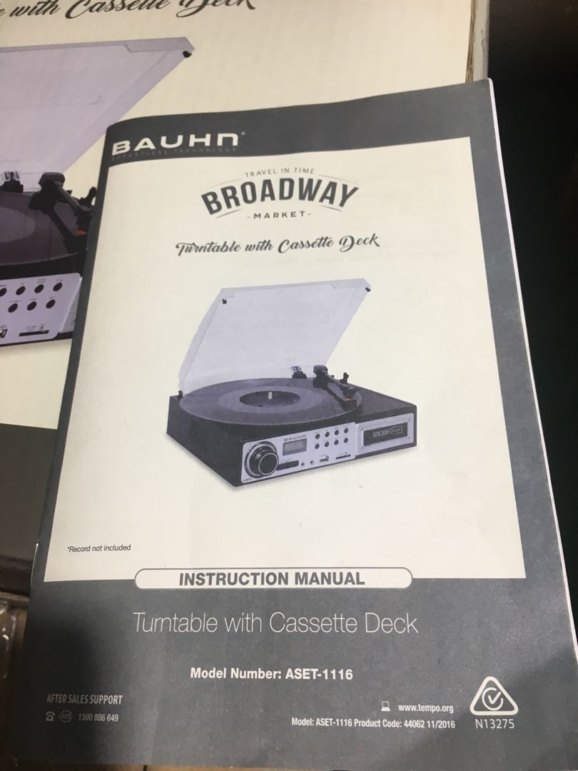 Turntable with cassette deck