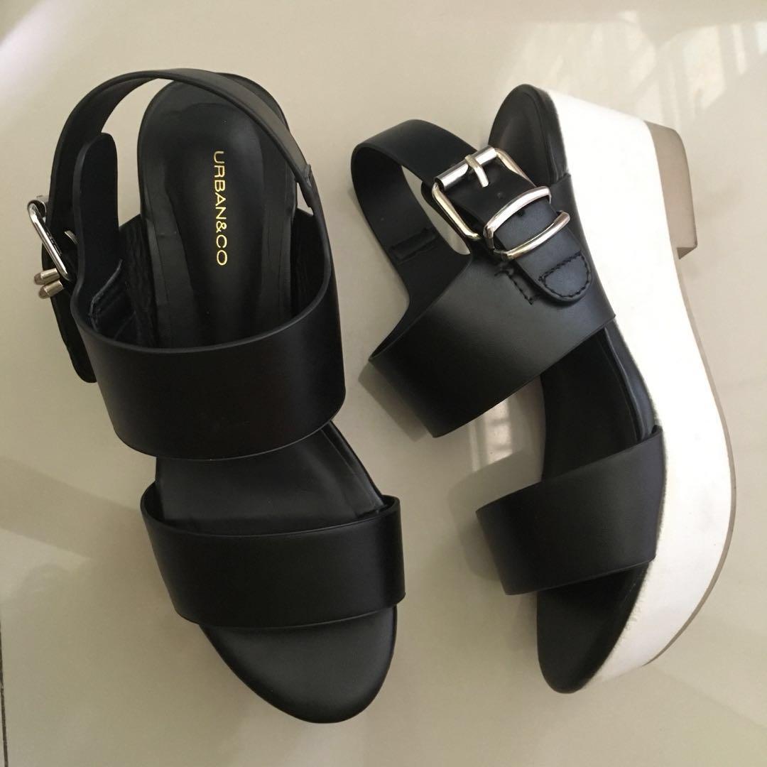 URBAN & CO black strap sandals