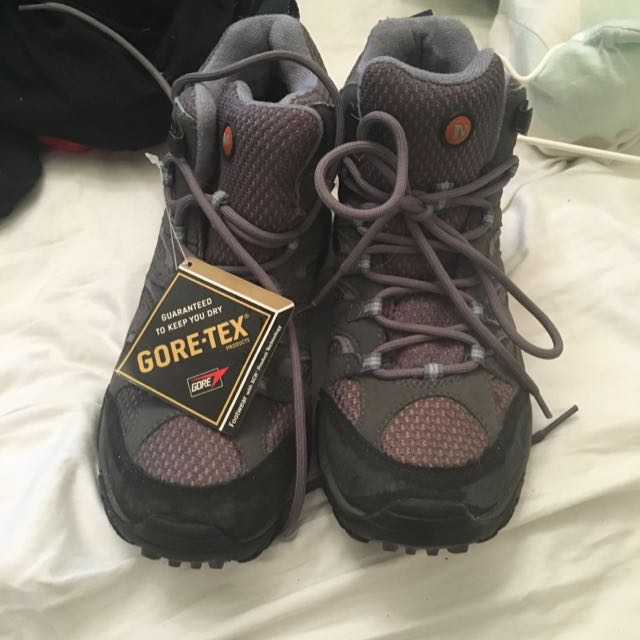Waterproof Hiking Boots Size 38