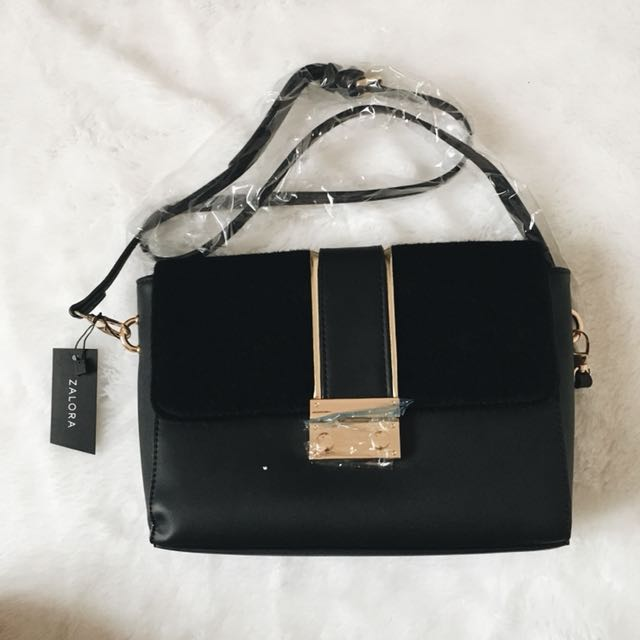 Zalora flap sling bag