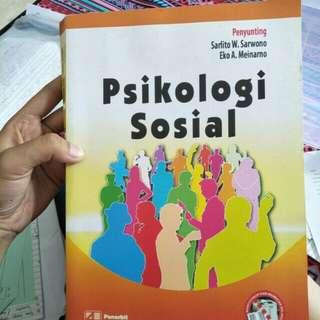 Psikologi sosial (Sarlito W Sarwono)