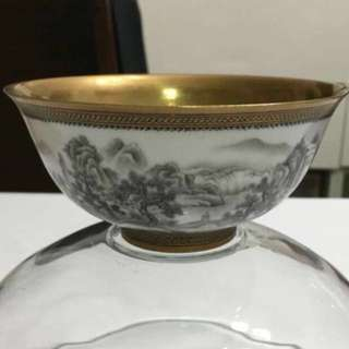 {Collectibles Item - Ancient Bowl} Superb rare find,【大清道光年製】官窑 (Da Qing Daoguang Nian Zhi) ancient royal official kiln superb fine & hand painted scenery on real gold plated porcelain bowl is an excellent piece of art work