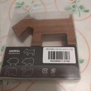 全新日本木製狗狗做型1G USB.
