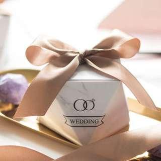 PO Modern Diamond Cut Ring Marble Design Favor Box
