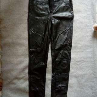 Pants & skirt fake leather