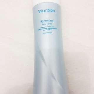 Wardah Lightening Face Toner 150ml