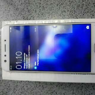 Oppo F3 Like New Mulus