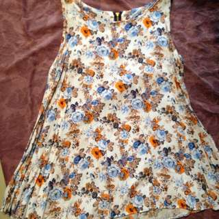 Sleeveless Blouse for 2