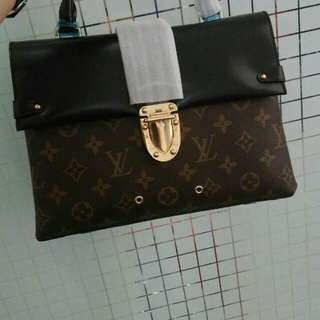 👉NEW - LV One Handle Flap Bag MM #lo