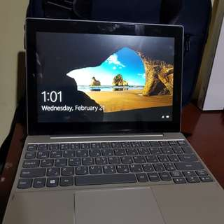 Lenovo miix 320 With case and bag