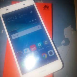 On Hand for Sale Huawei y6 2 new (cam-L32)
