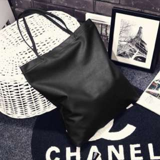 [PO] Black Leather Tote Bag