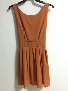 Orange flare dress with front/back bow tie
