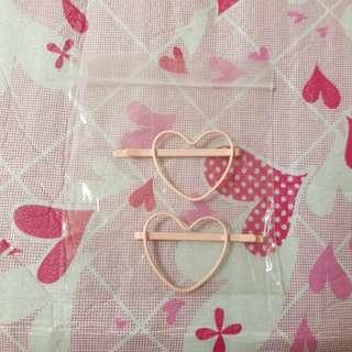 Pink Color Heart Shaped Hairclip Better Than Hello Kitty Melody Samsonite Trolls Tsum ez charm Line Friends Samsung iphone Panasonic
