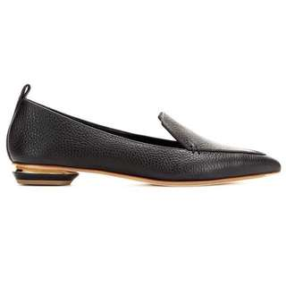 Leather flats with pig skin lining