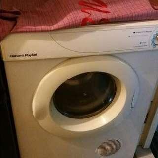 乾衣機8成新,無壞