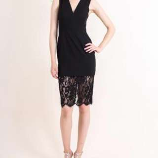 Aijek —- Nicola black shift dress