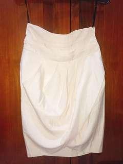 Bebe skirt cream color