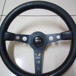 Momo Steering (original) (011-11769833)