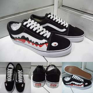 Sepatu Kets Vans Old Skool Canvas Bape Shark Hiu Black White Red