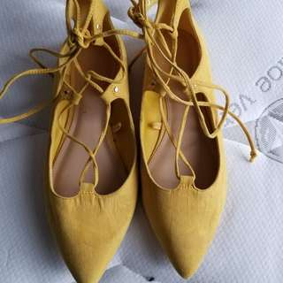 Old navy flats with strings size 6