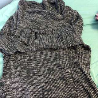 Bench sweater medium