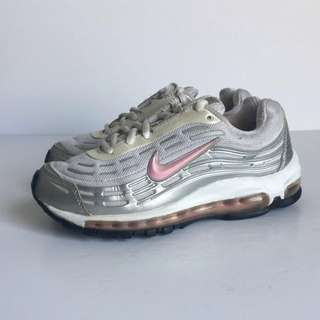 LOOKING FOR Nike Air Max 97
