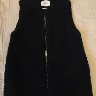 Wilfred Chatou sherpa vest, worn twice, size Small