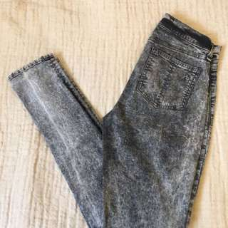 Rag and Bone Acid Wash jean leggings. Size 25