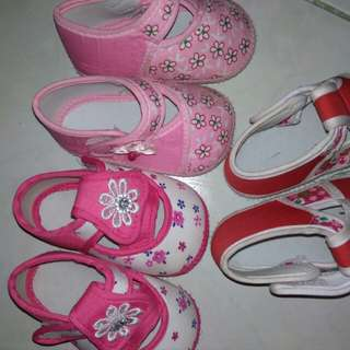 Take all infant shoes,with soft sole 0-3mos.