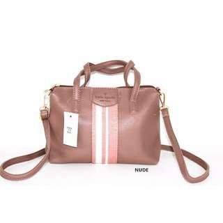 Kate Spade Hand/sling bag