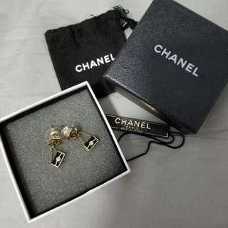 100% real Chanel 手袋耳環