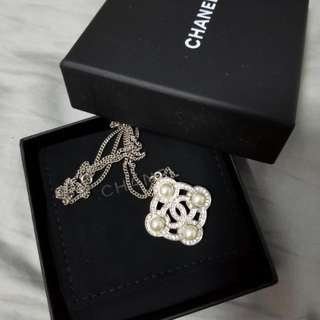 100% real Chanel necklace 頸鏈