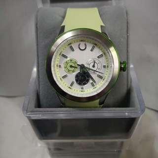 全新購自馬會手錶,從未使用過