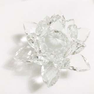 White Crystal Lotus