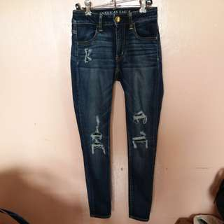 SALE! AMERICAN EAGLE RIPPED JEANS
