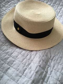 Sportsgirl hat