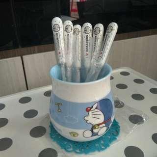 Doraemon fork holder with 6pcs s/s forks