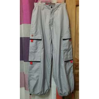 Hiking Pants Light Grey with pockets