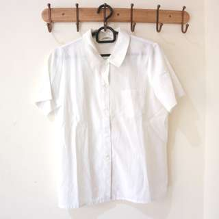 Kemeja Putih Wanita size fit to L bagus cerah formal