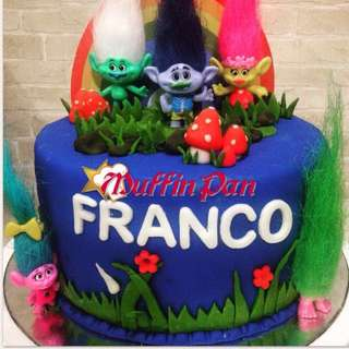 Costumized cakes for any occasion. Can negotiate for best price.